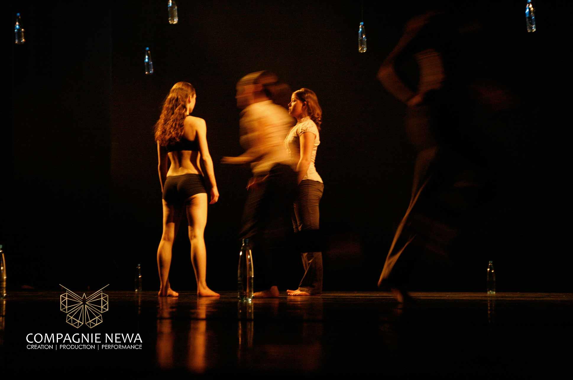 Compagnie_NEWA_blank_event_dans