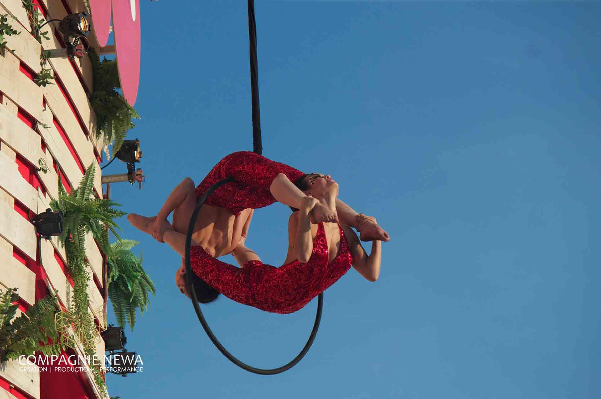 NEWA_duo_hoop_aerials_amsterdam_festival