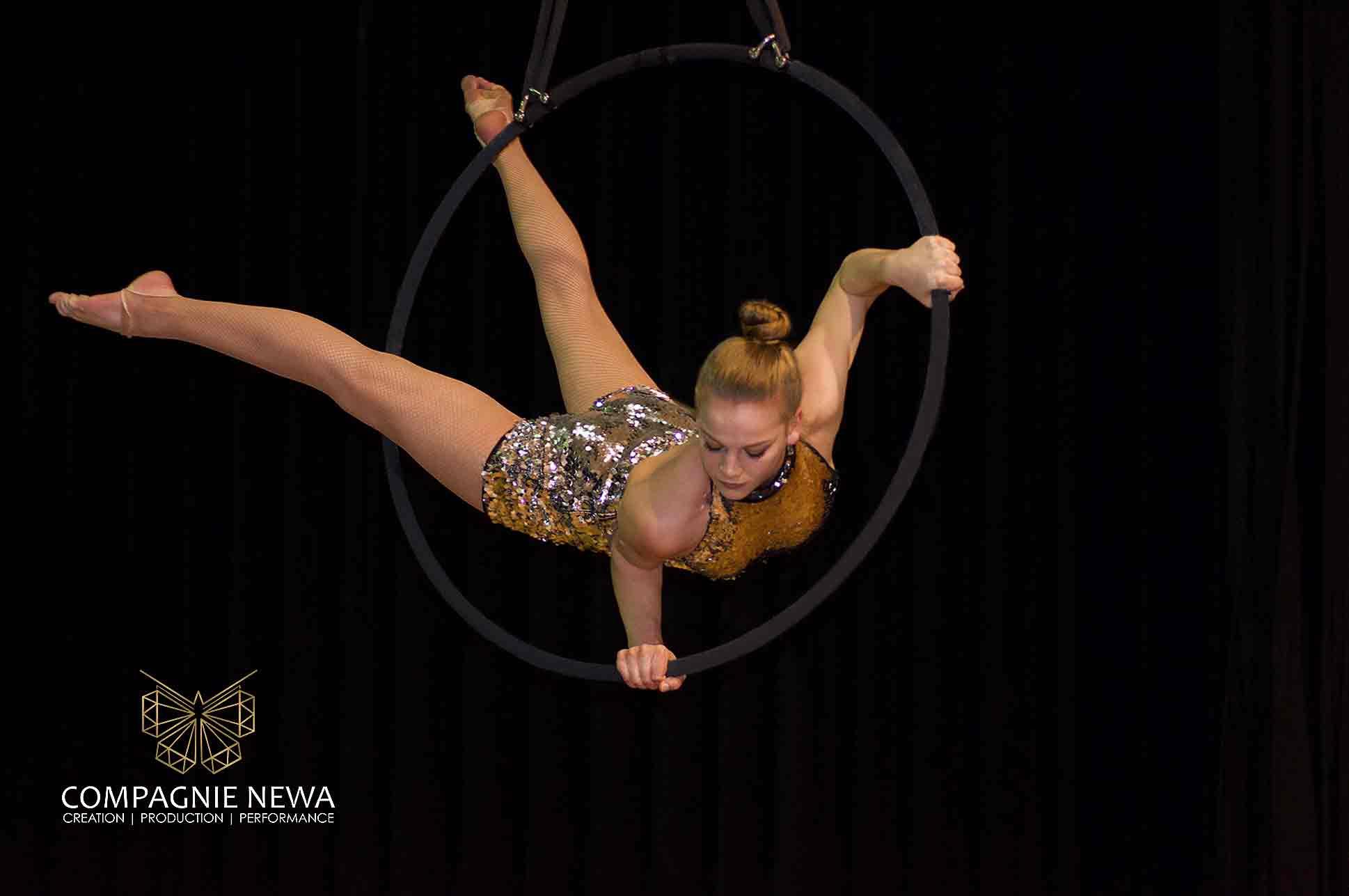 newa_aerials_luchtacrobatiek_ring_hoop