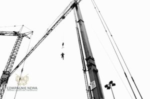 Crane_outdoor_performance_aerials