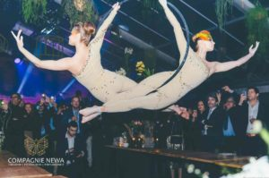 Compagnie_NEWA_duo_ring_lucht_acrobatiek